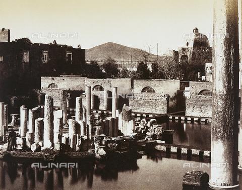 AVQ-A-002966-0024 - The remains of the Macellum known also as the Temple of Serapis in Pozzuoli - Data dello scatto: 1854-1863 - Archivi Alinari, Firenze