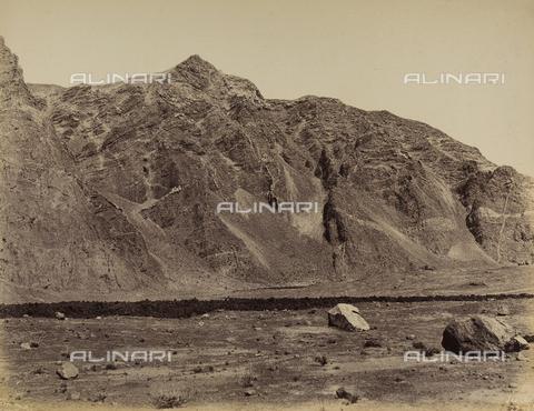 AVQ-A-002966-0044 - Il Monte Rosso e la Somma Vesuviano. - Data dello scatto: 1858-1863 - Archivi Alinari, Firenze