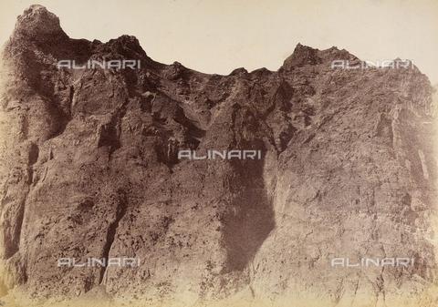 AVQ-A-002966-0046 - Il Monte Rosso ed il Nasone nel Vesuvio a Napoli. - Data dello scatto: 1858-1863 - Archivi Alinari, Firenze