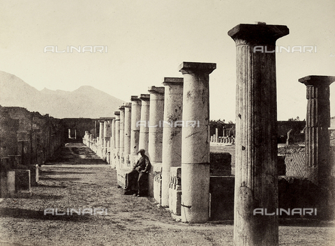 AVQ-A-002966-0078 - Foro romano di Pompei - Data dello scatto: 1862 ca. - Archivi Alinari, Firenze