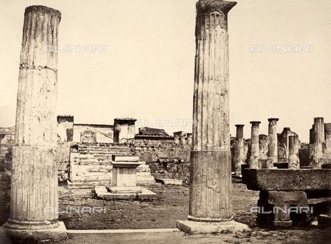 AVQ-A-002966-0082 - Tempio di Venere Pompeiana a Pompei visto da sud - Data dello scatto: 1862 ca. - Archivi Alinari, Firenze