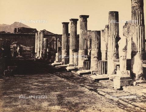 AVQ-A-002966-0085 - Eastern side of the Pompeiian Temple of Venus - Data dello scatto: 1862 ca. - Archivi Alinari, Firenze