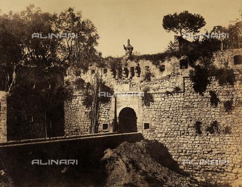 """AVQ-A-002966-0090 - The """"Ponte del Vesovo"""" (Bishop's Bridge), Sorrento - Data dello scatto: 1854-1863 ca. - Archivi Alinari, Firenze"""