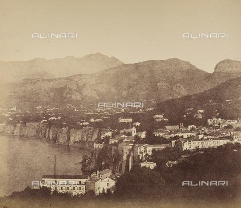 AVQ-A-002966-0092 - Sorrento ripreso da Punta del Capo. - Data dello scatto: 1854-1863 ca. - Archivi Alinari, Firenze