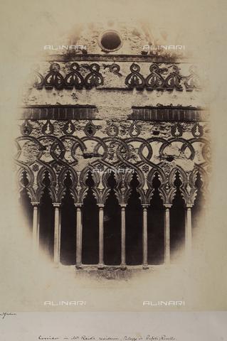 AVQ-A-002966-0110 - Un balcone di Palazzo Rufoli a Ravello - Data dello scatto: 1854-1863 ca. - Archivi Alinari, Firenze