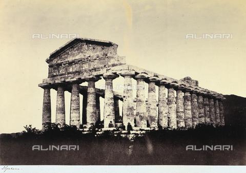 AVQ-A-002966-0114 - Il tempio di Cerere a Paestum ripreso da sud ovest - Data dello scatto: 1854-1863 ca. - Archivi Alinari, Firenze