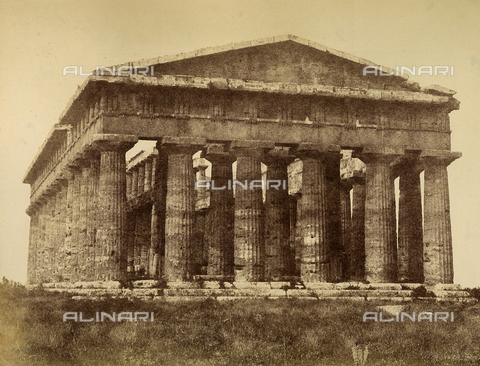 AVQ-A-002966-0116 - Il tempio di Nettuno a Paestum - Data dello scatto: 1854-1863 ca. - Archivi Alinari, Firenze