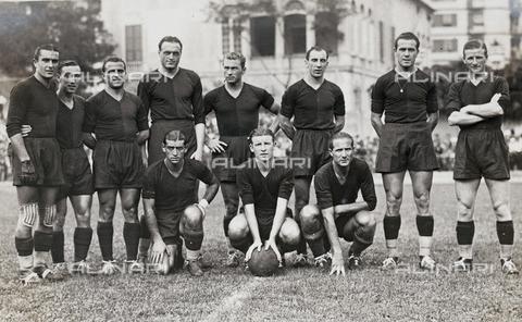 AVQ-A-003416-0026 - Genova soccer team