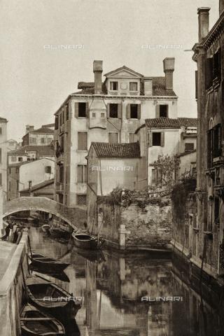 AVQ-A-003475-0084 - Veduta animata di Rio San Felice a Venezia - Data dello scatto: 1890-1895 - Archivi Alinari, Firenze