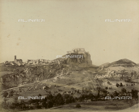 """AVQ-A-003554-0053 - """"Rocche e roccie"""" (Rocks and Fortresses): view of San Leo, in the Province of Pesaro, with the Forte dei Montefeltro - Date of photography: 1892-1899 - Fratelli Alinari Museum Collections, Florence"""