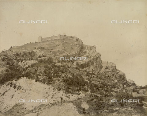 """AVQ-A-003554-0060 - """"Rocche e roccie"""" (Rocks and Fortresses): Mount Majoletto, in the Province of Pesaro, with the Rocca or fortress at the summit, and the so-called """"Frana di Maiolo"""" in the foreground - Date of photography: 1892-1899 - Fratelli Alinari Museum Collections, Florence"""
