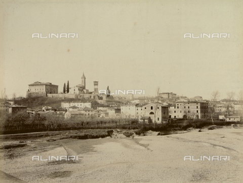 """AVQ-A-003554-0068 - """"Rocche e roccie"""" (Rocks and Fortresses): view of Bazzano, in the Province of Bologna, with the Rocca or fortress on the left - Date of photography: 1892-1899 - Fratelli Alinari Museum Collections, Florence"""