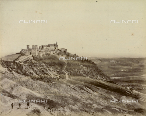 """AVQ-A-003554-0070 - """"Rocche e roccie"""" (Rocks and Fortresses): view of Monteveglio, Bologna - Date of photography: 1892-1899 - Fratelli Alinari Museum Collections, Florence"""