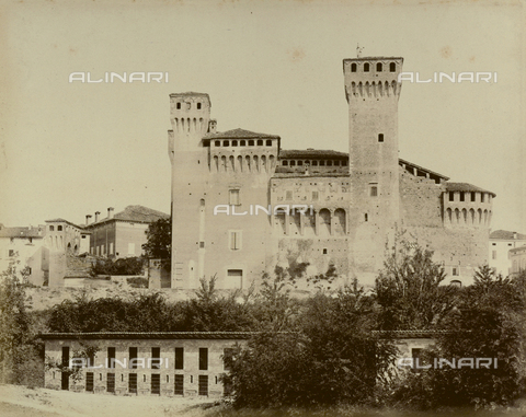 """AVQ-A-003554-0073 - """"Rocche e roccie"""" (Rocks and Fortresses): the Rocca or fortress of Vignola, near Modena - Date of photography: 1892-1899 - Fratelli Alinari Museum Collections, Florence"""