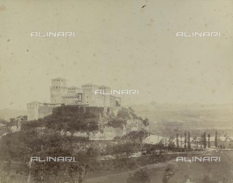 "AVQ-A-003554-0100 - ""Rocche e roccie"" (Rocks and Fortresses): the Castello di Torrechiara, near Langhirano, Province of Parma - Date of photography: 1892-1899 - Fratelli Alinari Museum Collections, Florence"