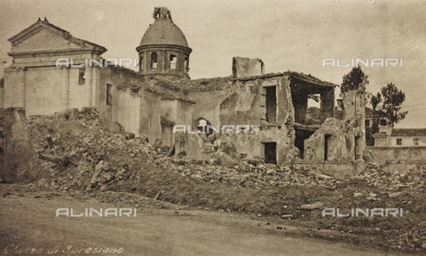 "AVQ-A-003604-0066 - Album ""Visions of War 1915-1918"": the ruins of the church of Spresiano - Data dello scatto: 1915-1918 - Archivi Alinari, Firenze"