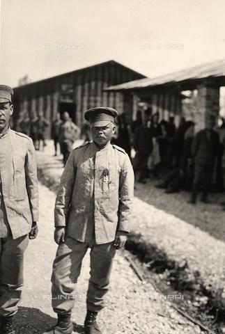 AVQ-A-003710-0017 - Ritratto di un prigioniero austriaco, durante la Prima Guerra Mondiale, a Bagnaria Arsa, Udine - Data dello scatto: 02/04/1916 - Archivi Alinari, Firenze