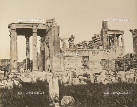 """AVQ-A-003848-0007 - """"Souvenirs d'Orient"""": Eretteo sull'Acropoli di Atene - Data dello scatto: 1871 - Raccolte Museali Fratelli Alinari (RMFA), Firenze"""