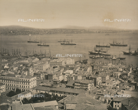 """AVQ-A-003848-0041 - """"Souvenirs d'Orient"""": panorama of the city of Constantinople with port area - Date of photography: 1871 - Fratelli Alinari Museum Collections, Florence"""
