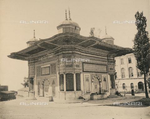 """AVQ-A-003848-0046 - """"Souvenirs d'Orient"""": fontana di Ahmet III a Costantinopoli - Data dello scatto: 1871 - Raccolte Museali Fratelli Alinari (RMFA), Firenze"""