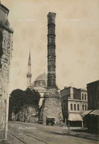 """AVQ-A-003848-0047 - """"Souvenirs d'Orient"""": Constantine's column in Constantinople - Date of photography: 1871 - Fratelli Alinari Museum Collections, Florence"""