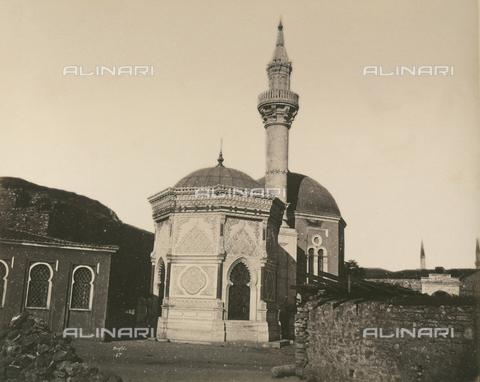 """AVQ-A-003848-0049 - """"Souvenirs d'Orient"""": la moschea di Fuald Pacha a Costantinopoli - Data dello scatto: 1871 - Raccolte Museali Fratelli Alinari (RMFA), Firenze"""