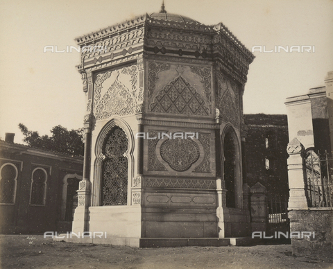 """AVQ-A-003848-0050 - """"Souvenirs d'Orient"""": the mosque of Fuald Pacha in Constantinople - Date of photography: 1871 - Fratelli Alinari Museum Collections, Florence"""