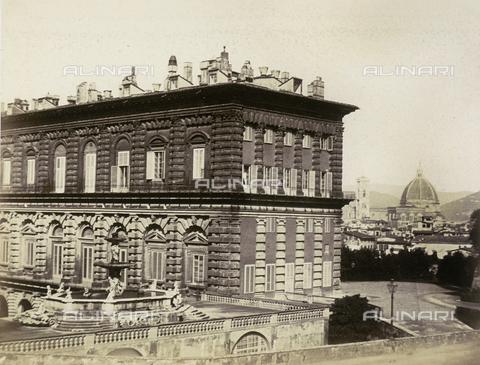 AVQ-A-003862-0019 - Firenze. Porzione del Palazzo Pitti - Data dello scatto: 1860 ca. - Archivi Alinari, Firenze