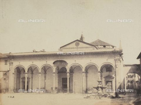 AVQ-A-003862-0058 - Portico della Basilica della SS.Annunziata a Firenze - Data dello scatto: 1865 ca. - Archivi Alinari, Firenze