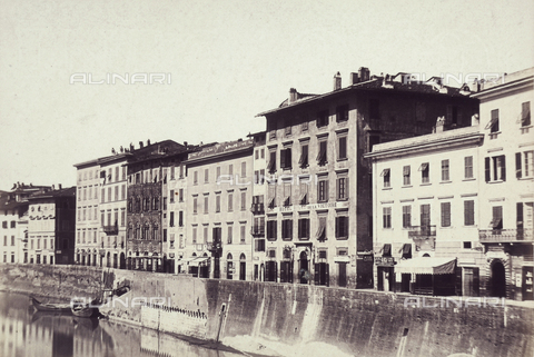 AVQ-A-003862-0092 - A stretch of Lungarno, Pisa - Date of photography: 1865 ca. - Fratelli Alinari Museum Collections, Florence