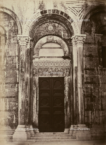 AVQ-A-003862-0108 - North Gate of the Baptistery of Pisa - Date of photography: 1865 ca. - Fratelli Alinari Museum Collections, Florence