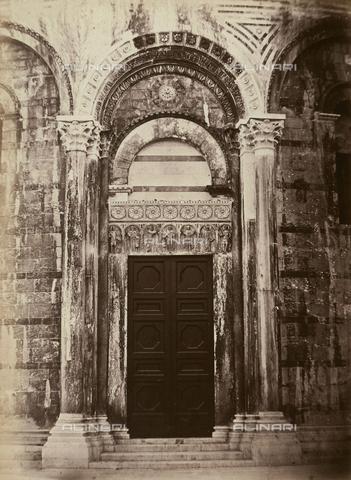 AVQ-A-003862-0108 - Portale nord del Battistero di Pisa - Data dello scatto: 1865 ca. - Archivi Alinari, Firenze