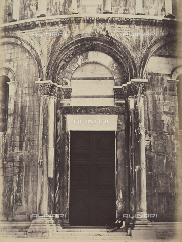 AVQ-A-003862-0109 - East Gate of the Baptistery of Pisa - Date of photography: 1865 ca. - Fratelli Alinari Museum Collections, Florence