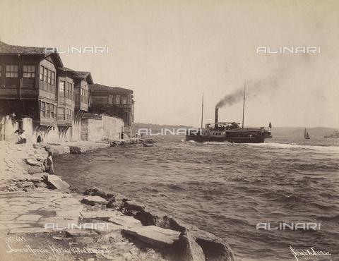 AVQ-A-003909-0007 - Battello presso Roumeli in Turchia - Data dello scatto: 1885 - 1890 ca. - Archivi Alinari, Firenze