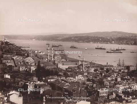AVQ-A-003909-0008 - Veduta panoramica di Istanbul e del Bosforo - Data dello scatto: 1885 - 1890 ca. - Archivi Alinari, Firenze