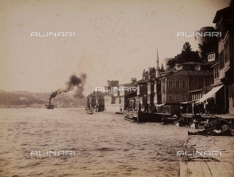 AVQ-A-003909-0032 - Battello nei dintorni di Istanbul - Data dello scatto: 1885 - 1890 ca. - Archivi Alinari, Firenze