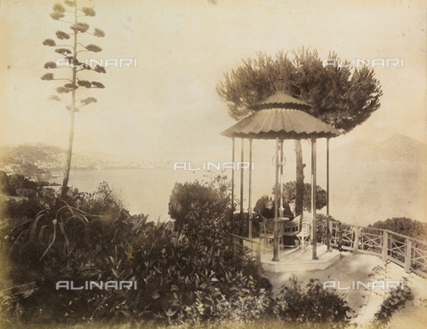 AVQ-A-003971-0002 - Historical view of the pavillon in the garden of the Rocca Belvedere Hotel in Posillipo at Naples - Date of photography: 1890 ca. - Fratelli Alinari Museum Collections, Florence