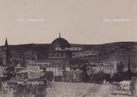 AVQ-A-004115-0012 - West side of the Mosque of Omar in Jerusalem - Data dello scatto: 1856 - Archivi Alinari, Firenze