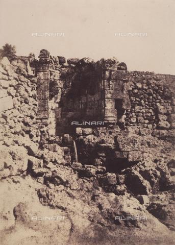 AVQ-A-004115-0020 - The fountain of St. Philip in Jerusalem - Data dello scatto: 1856 - Archivi Alinari, Firenze
