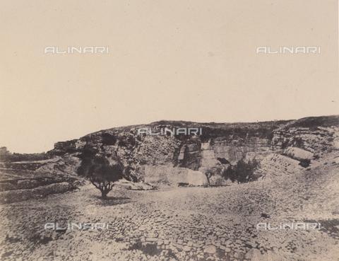 AVQ-A-004115-0024 - La grotta di Geremia a Gerusalemme - Data dello scatto: 1856 - Raccolte Museali Fratelli Alinari (RMFA), Firenze