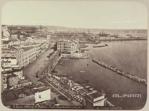 AVQ-A-004117-0020 - Veduta di Santa Lucia a Napoli - Data dello scatto: 1865 ca. - Raccolte Museali Fratelli Alinari (RMFA), Firenze