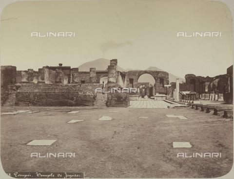 AVQ-A-004117-0030 - Il tempio di Giove a Pompei - Data dello scatto: 1865 ca. - Raccolte Museali Fratelli Alinari (RMFA), Firenze