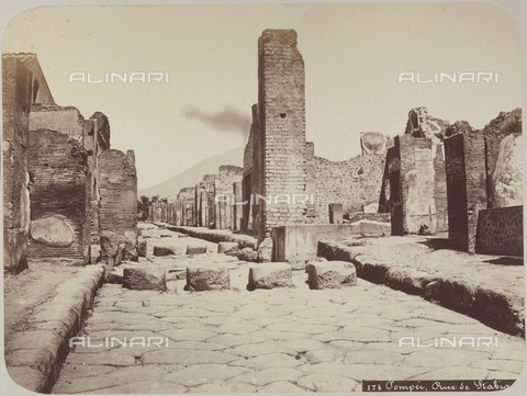 AVQ-A-004117-0034 - The Via Stabia in Pompeii - Date of photography: 1865 ca. - Fratelli Alinari Museum Collections, Florence