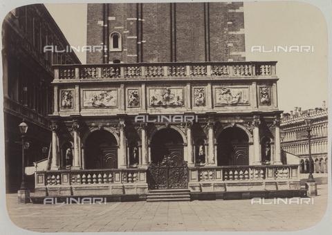 AVQ-A-004117-0061 - The Loggetta of the bell tower of San Marco, Venice - Data dello scatto: 1865 ca. - Archivi Alinari, Firenze