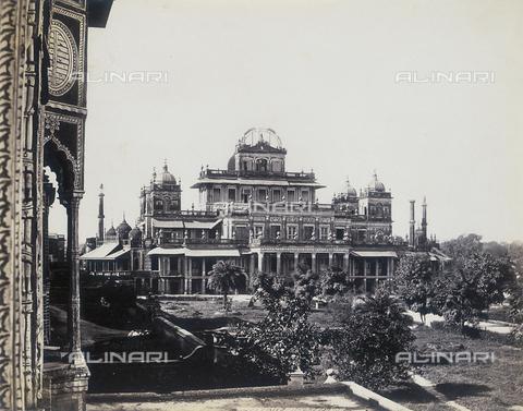 AVQ-A-004120-0042 - Il Qaisar Bagh di Lucknow - Data dello scatto: 1880-1890 ca. - Archivi Alinari, Firenze