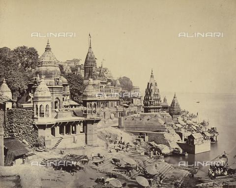 AVQ-A-004121-0014 - Scorcio dei Ghat di Benares (Varanasi), in India - Data dello scatto: 1863-1870 ca. - Raccolte Museali Fratelli Alinari (RMFA), Firenze