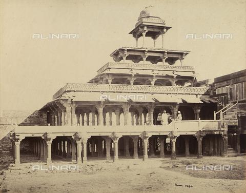 AVQ-A-004121-0023 - Il Panch Mahal (padiglione a cinque piani) di Fatehpur Sikri, nei pressi di Agra, in India - Data dello scatto: 1863-1870 ca. - Raccolte Museali Fratelli Alinari (RMFA), Firenze