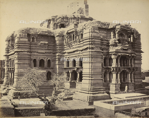 AVQ-A-004121-0024 - Grande tempio in India - Data dello scatto: 1863-1870 ca. - Raccolte Museali Fratelli Alinari (RMFA), Firenze