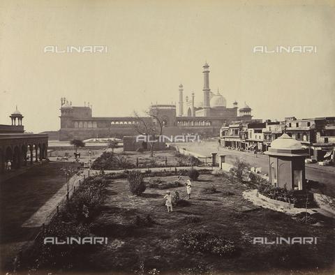 AVQ-A-004121-0041 - Scorcio della Grande Moschea (Jama Masjid) di Delhi, in India - Data dello scatto: 1863-1870 ca. - Raccolte Museali Fratelli Alinari (RMFA), Firenze