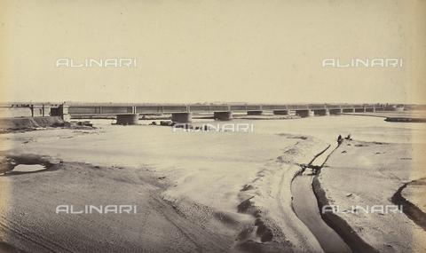 AVQ-A-004121-0048 - Scorcio di un ponte di Delhi, in India - Data dello scatto: 1863-1870 ca. - Raccolte Museali Fratelli Alinari (RMFA), Firenze